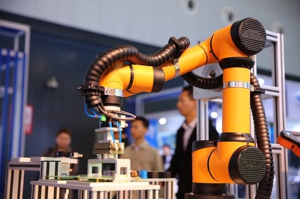 高精尖电子制造自动化设备亮相NEPCON China